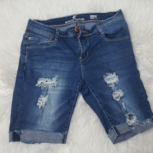 Almost famous Bermuda shorts | size 3